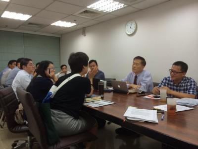 立法委員陳節如國會辦公室昨天應光電業者要求召集中央與地方農政官員,研討農地種電規範。