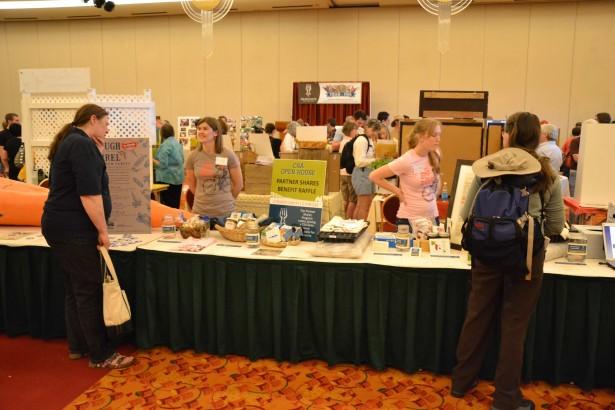 Fairshare CSA博覽會。Madison WI。March 2012