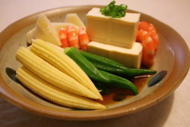 豐盛的涼菜拼盤