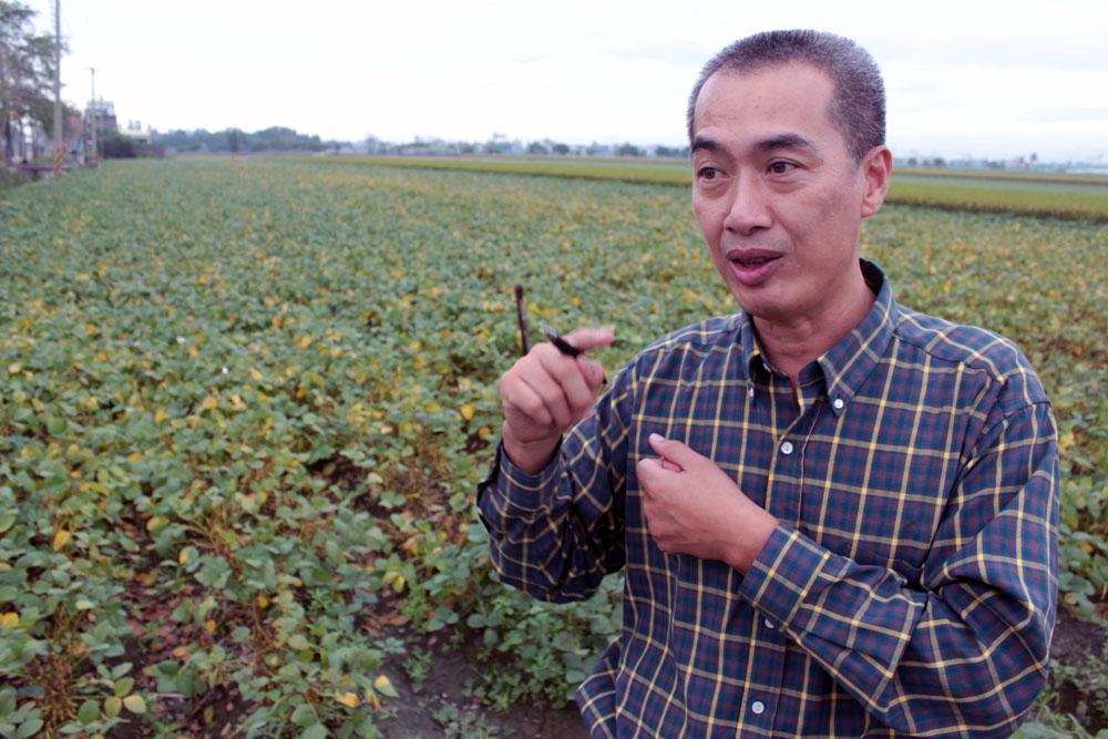 綽號「將軍」的蔡財興自許打造西螺為黑豆的故鄉
