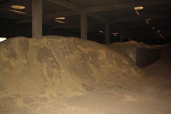 有機堆肥的原料來自鄰近農場的牛糞,但管控得宜不會讓人覺得臭氣沖天
