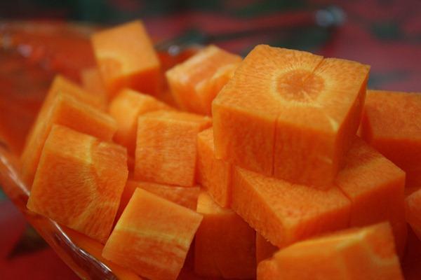 合作社採用日本品種「旭陽二號」,滋味鮮甜,沒有土土的腥味,可以生吃也可料理