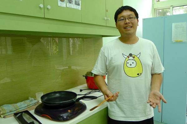 【大學校園飲食調查報導 】之二:害怕大學生燒掉廚房?清大生爭取飲食權