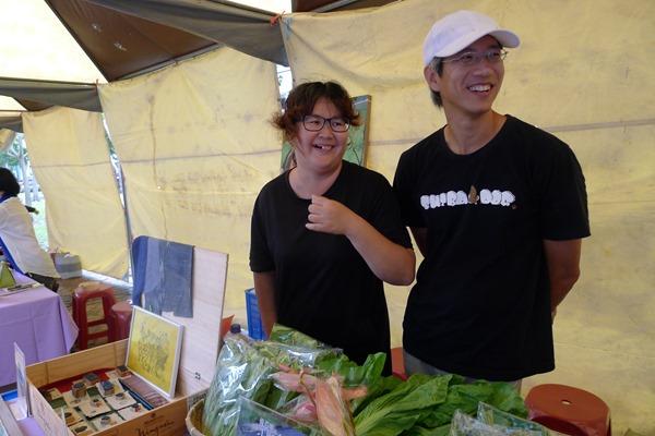 彭顯惠和江映德夫婦兩負責規劃食材和運送,因此認識許多農友