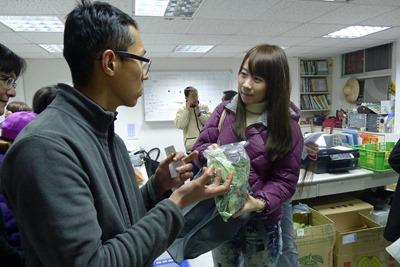 農民也會出席買菜學堂,向消費者直接溝通理念