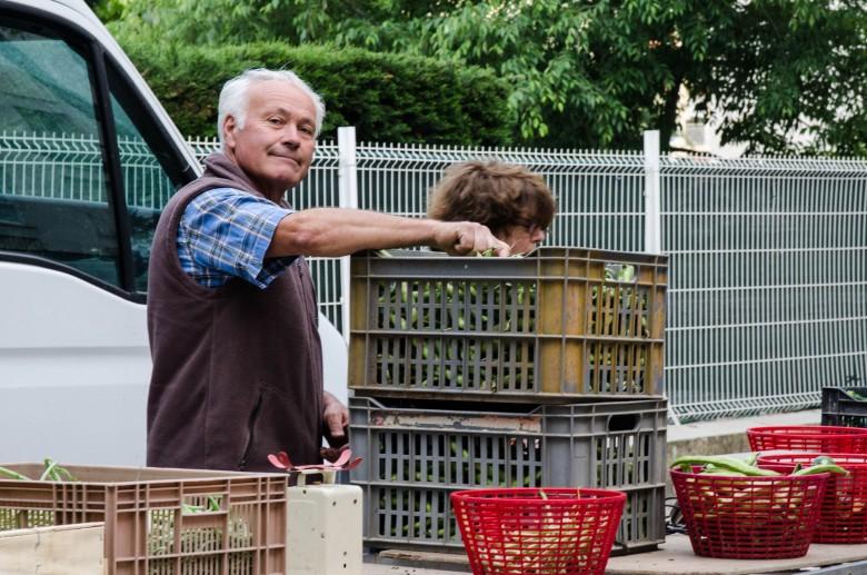 荷貝‧胡西耶(Robert Roussier),馬賽籃友會的農藝顧問(paysan conseil),是有二十餘年有機耕作經驗的資深農友,也是籃友會之寶。