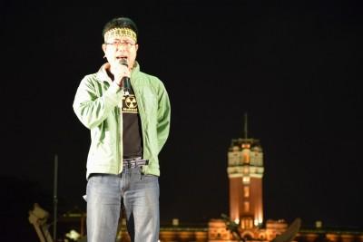 去年4月參與停建核四晚會(圖片提供:地球公民基金會,攝影者:凱道反核志工邱俊豪)