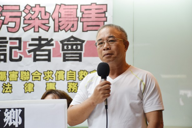 台西居民林進郎的親人也死於大腸癌、肺腺癌,希望藉由訴訟讓台塑正視環境問題。(攝影/潘子祁)