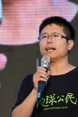 李根政多次主持遊行活動(圖片:地球公民基金會董事傅志男攝