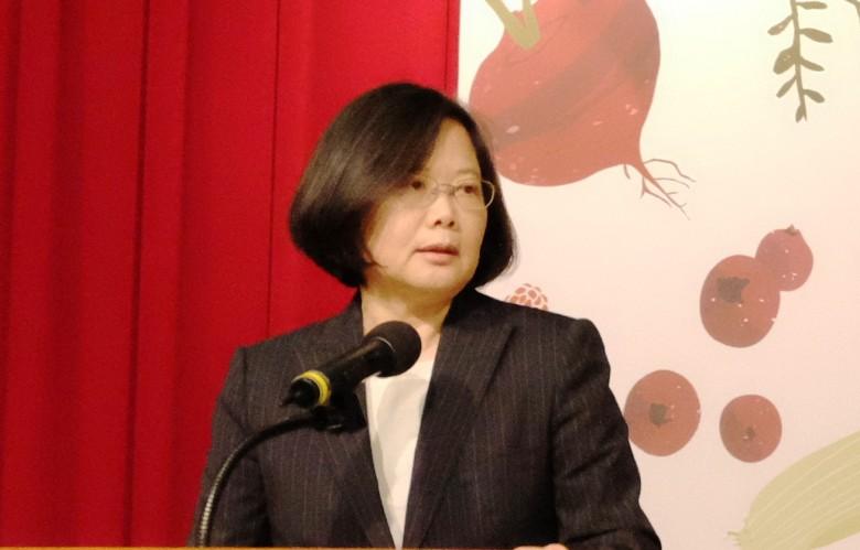 民進黨總統候選人蔡英文日昨提出綠能政策雖獲肯定,但宣示要利用台南的台糖農地開發作綠能園區,引發質疑。(資料照片/林慧貞攝影)