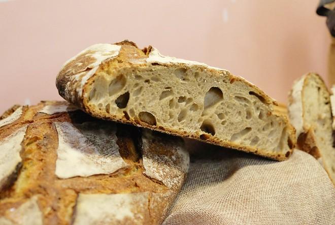 百分之百台灣小麥做成的鄉村麵包2