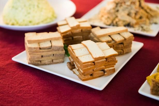 校園午餐非基改 乾脆放棄吃豆腐?