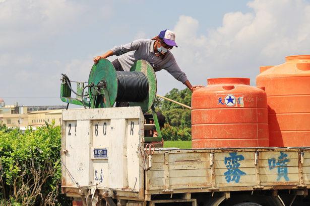 農藥代噴(1)最新鮮的肝 換農業未來