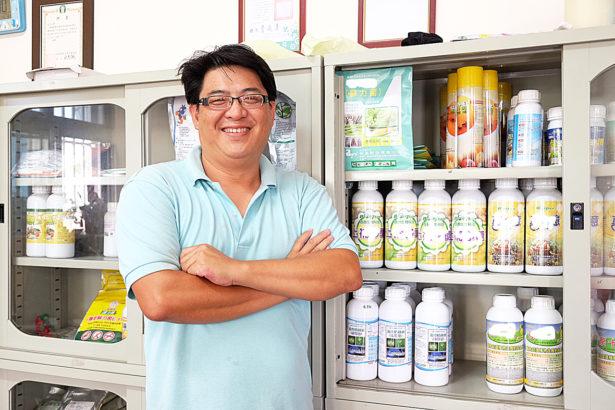 這間農藥行不賣農藥 陳鳳義與青農兄弟們