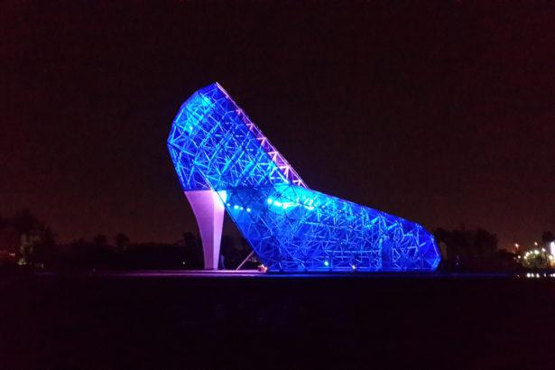 驚世建築可以救觀光?高跟鞋與水晶教堂現在怎麼了