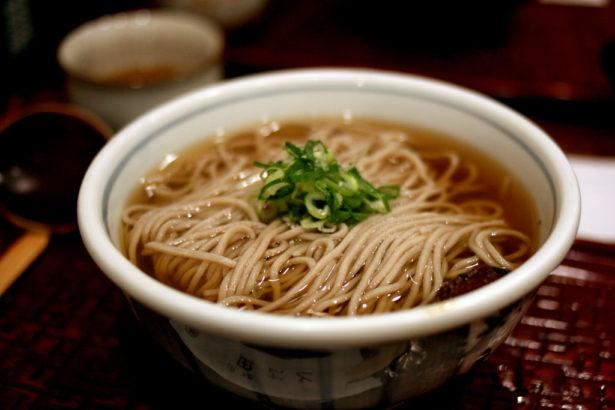 從日本蕎麥麵規範看米粉含量爭議