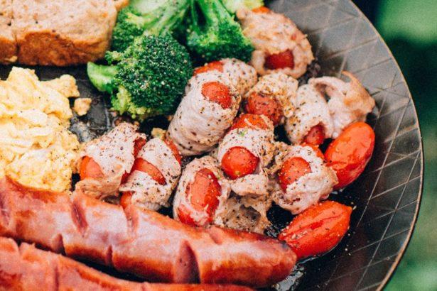 【公民寫手】沒吃真是對不起自己!野營料理05__五花肉番茄串