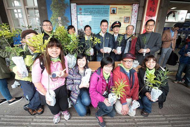 送你八種台灣原生樹苗 記得來高鐵帶回家~