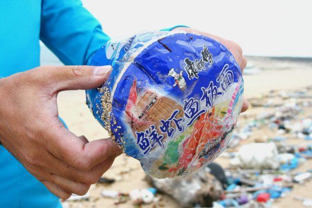 海洋垃圾層出不窮 環署:三個月內定出全面性「海岸環境清潔維護計畫」