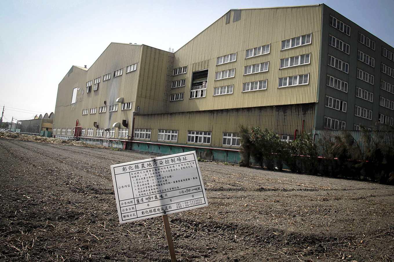 農地長工廠導致農地污染(攝影/孔德廉)