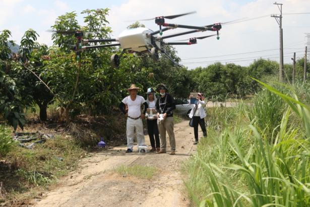 【公民寫手】科技務農有夠力 無人機成農業生力軍