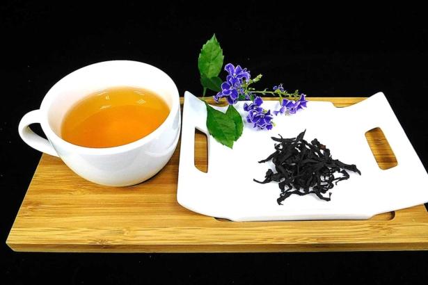 咖啡葉茶味如紅茶,營養價值高(圖片提供/高雄改良場)