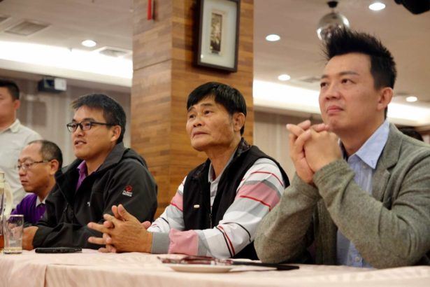 由左至右為台中市養豬協會副理事長羅志雄、理事長張進發、台灣青年養豬聯盟理事長郭嘉育(攝影/蔡佳珊)