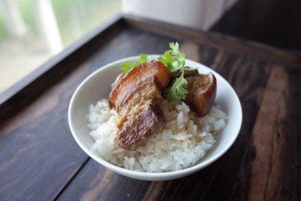 滷肉飯是台灣人共同情感(攝影/洪愛珠,圖片來源/上下游副刊)