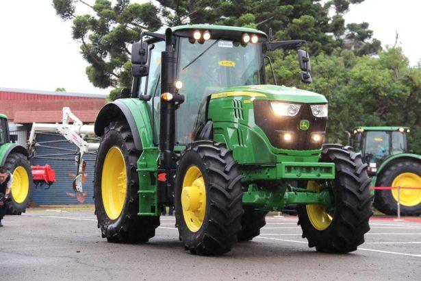 農民的uber好大台,政府鼓勵買大型農機補助3成,未來叫不到車call農糧署
