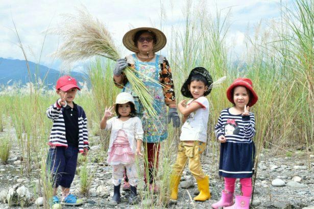 母語回家學真的夠嗎?馬躍‧比吼開辦「全阿美語」幼兒園,從繪本朗讀到種菜,全族語教學