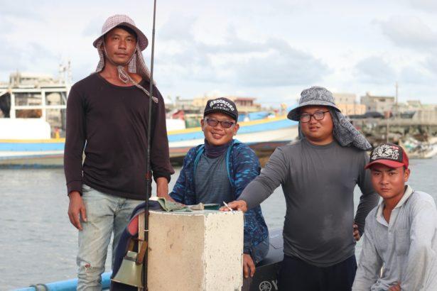 台子港的新世代海上男兒、由左而右林煒俊、許秦源、林士硯、林冠羽(攝影/林吉洋)