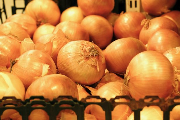 台灣洋蔥需要國人救援!超市只賣進口洋蔥,想買國產新鮮洋蔥要去哪裡?