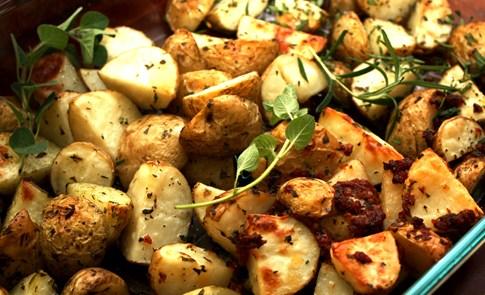 外國佬的家庭餐桌-橄欖油香料烤小馬鈴薯