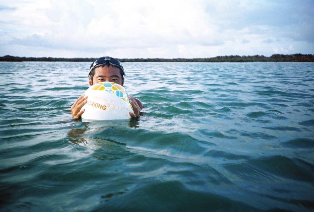 海泳,攝影/黃仕儒