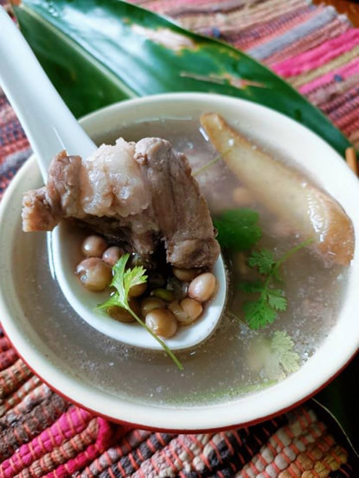 部落裡最暖心的樹豆排骨湯,攝影/楊依璇。