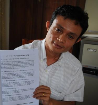 負責Metta生計/生活(livelihood)部門的 Sa Wai Ziw Aung,正在向我們解釋 Metta獨特的村民參與式研究(Participatory Action Research,PAR)方法